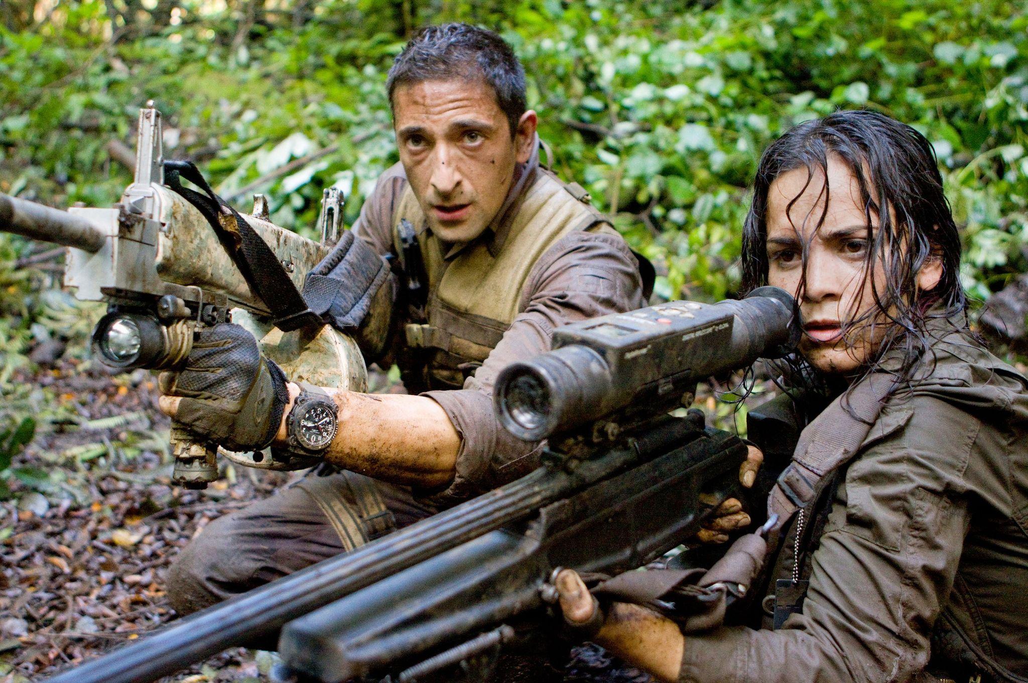 Adrien Brody and Alice Braga in Predators (2010)