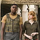 Emily Beecham and Damson Idris in Outside the Wire (2021)