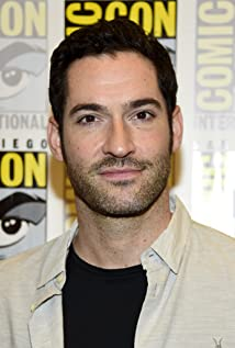 Tom Ellis Picture