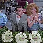 Paul Reubens and Lynne Marie Stewart in Pee-wee's Playhouse (1986)