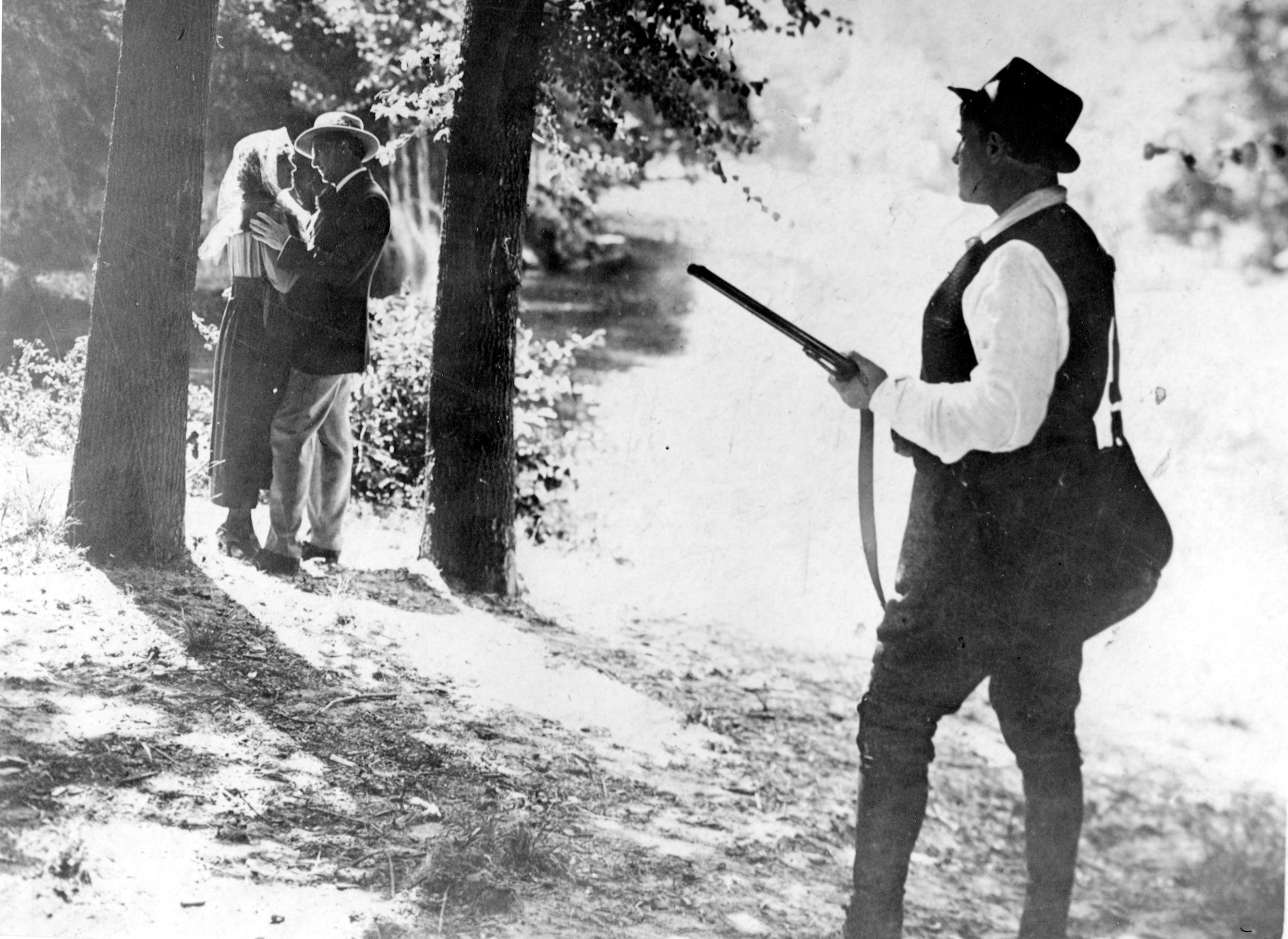 Maryse Dauvray, Romuald Joubé, and Séverin-Mars in J'accuse (1919)