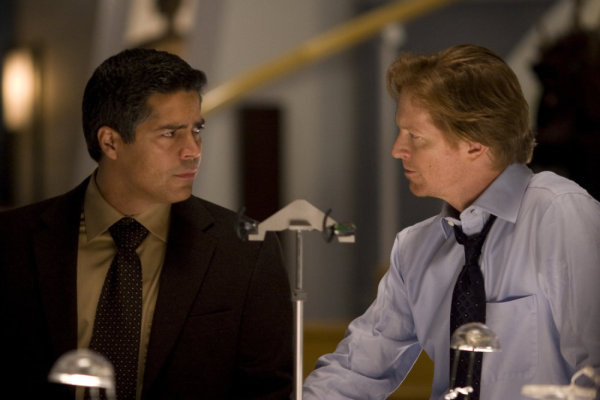 Eric Stoltz and Esai Morales in Caprica (2009)