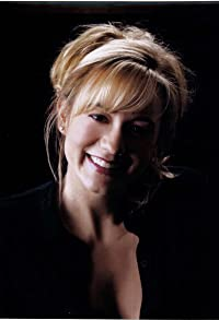 Primary photo for Megyn Price
