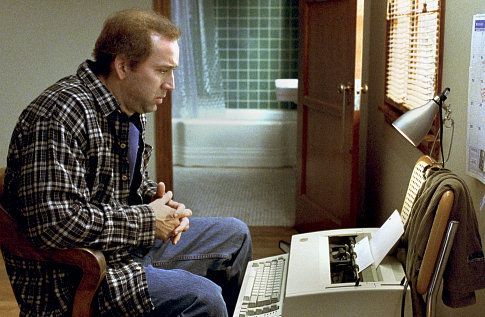 When screenwriter Charlie Kaufman (Nicolas Cage) tries to adapt The Orchid Thief to the screen, he develops a serious case of writer's block.
