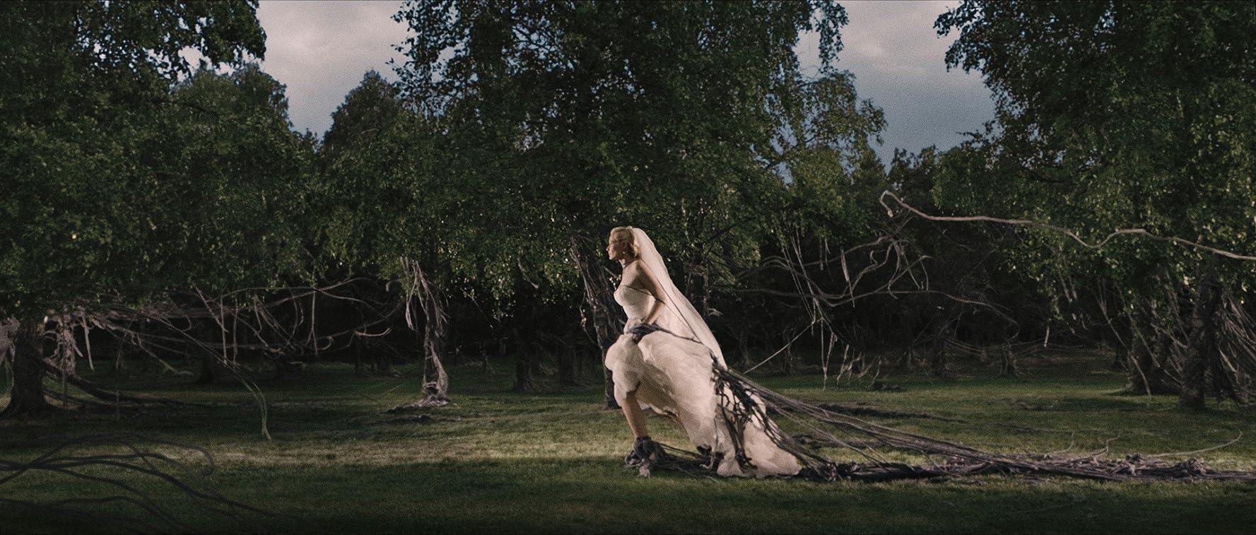 Kirsten Dunst in Melancholia (2011)