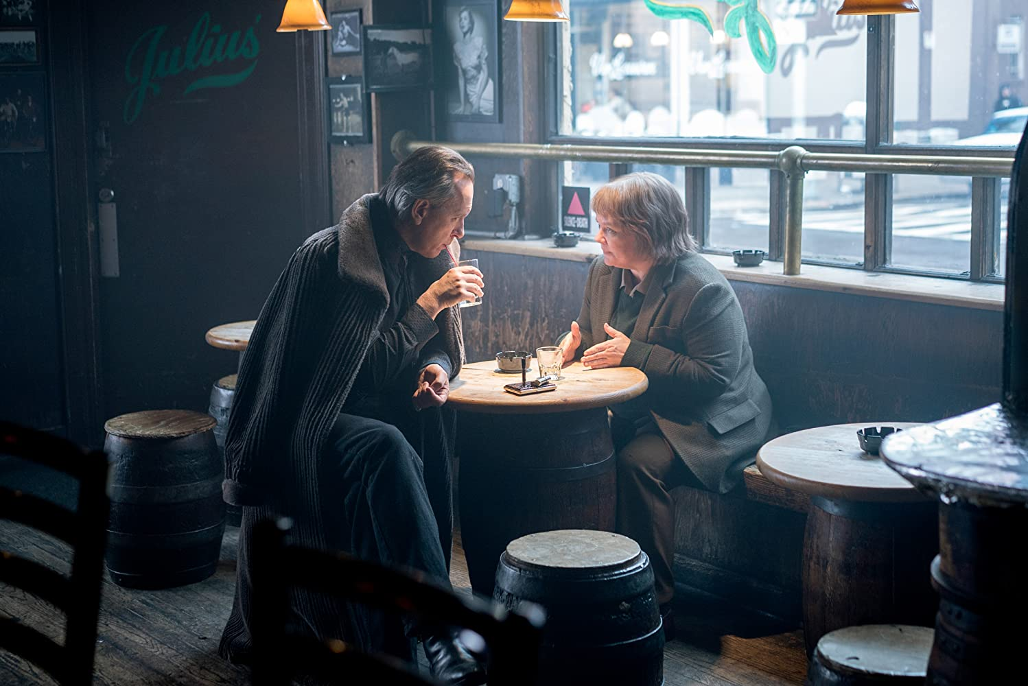 Richard E. Grant and Melissa McCarthy in Can You Ever Forgive Me? (2018)