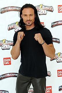 Ricardo Medina Jr. Picture