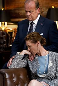 Kelsey Grammer and Connie Nielsen in Boss (2011)