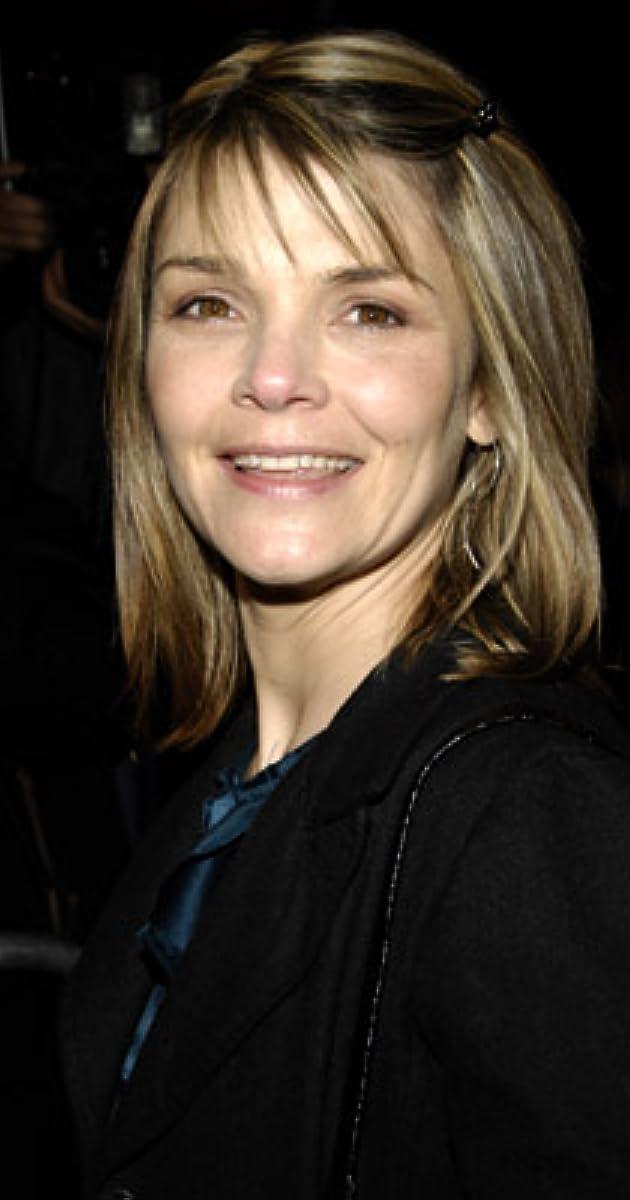 Kathryn Erbe - IMDb
