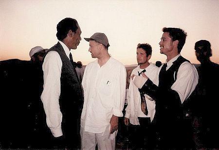 ¿Cuánto mide Brad Pitt? - Altura - Real height - Página 5 MV5BMTcxMzI5NjEzMV5BMl5BanBnXkFtZTYwMTg0NDAz._V1_