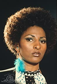 Primary photo for Pam Grier