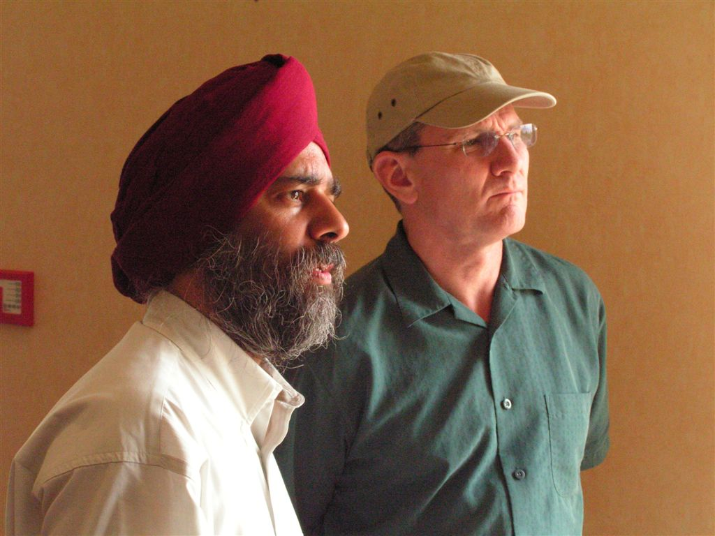Lon Stratton with director Sarab Neelam on the set of Ocean of Pearls.