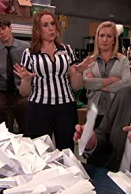 Catherine Tate, Angela Kinsey, Brian Baumgartner, Ellie Kemper, and Jake Lacy in The Office (2005)