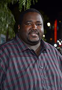 Primary photo for Quinton Aaron