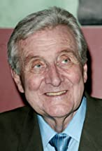 Patrick Macnee's primary photo