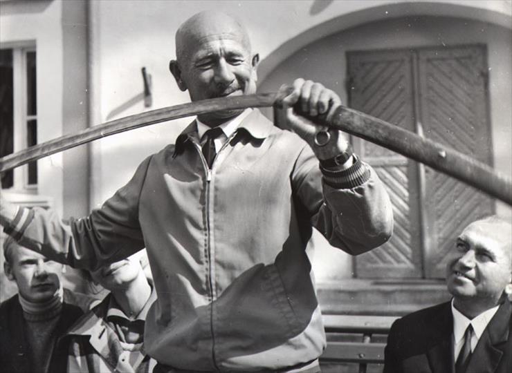 Slawomir Lindner, Mieczyslaw Loza, and Andrzej Precigs in Jeszcze slychac spiew i rzenie koni (1971)