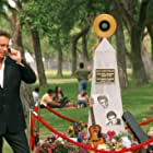 John Corbett in Elvis Has Left the Building (2004)
