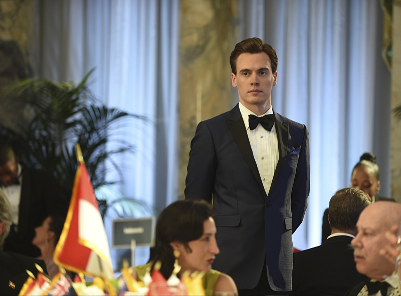 Erich Bergen in Madam Secretary 2014