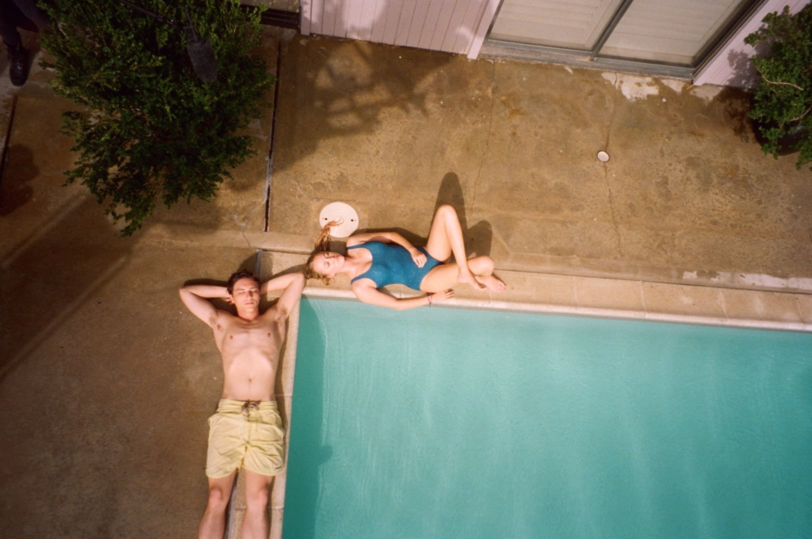 Maika Monroe and Cody Fern in The Tribes of Palos Verdes (2017)