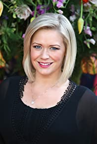 Primary photo for Suzanne Shaw