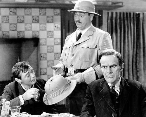 Peter Lorre, John Alexander, and Raymond Massey in Arsenic and Old Lace (1943)