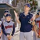 Greg Kinnear and Hayden Tsutsui in Bad News Bears (2005)