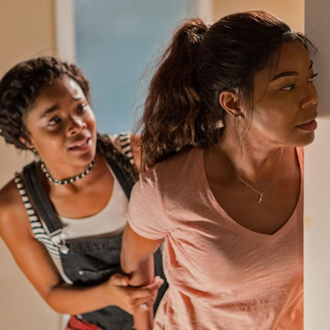 Gabrielle Union and Ajiona Alexus in Breaking In (2018)