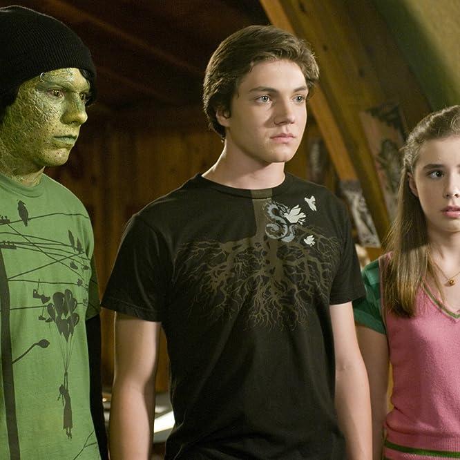 Patrick Fugit, Chris Massoglia, and Jessica Carlson in Cirque du Freak: The Vampire's Assistant (2009)