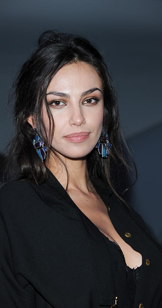 Madalina Ghenea | Косметические товары, Красивые длинные ...  |Madalina Ghenea