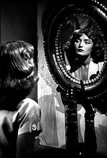 Brigitte Auber Picture
