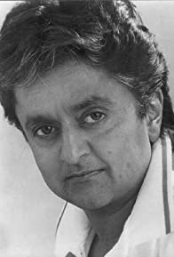Primary photo for Deep Roy