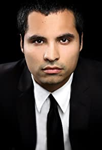 Primary photo for Michael Peña