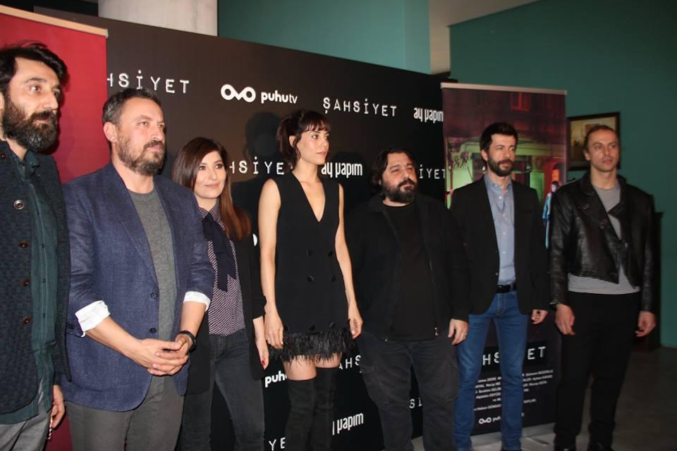 Cansu Dere, Onur Saylak, Sebnem Bozoklu, Necip Memili, Firat Topkorur, and Metin Akdülger at an event for Sahsiyet (2018)