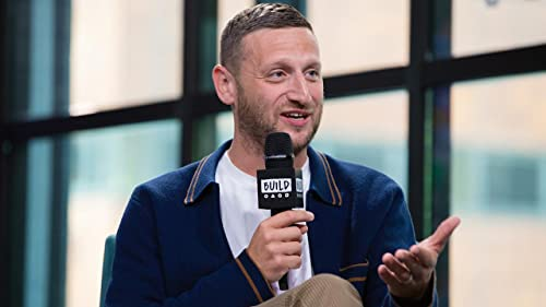 """BUILD: The Most Important Lessons """"SNL"""" Taught Tim Robinson"""