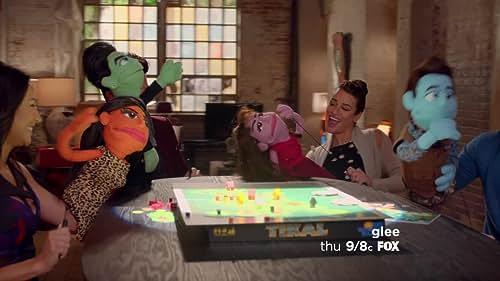 Glee: Puppet Master