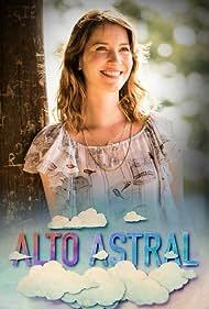 Nathalia Dill in Alto Astral (2014)