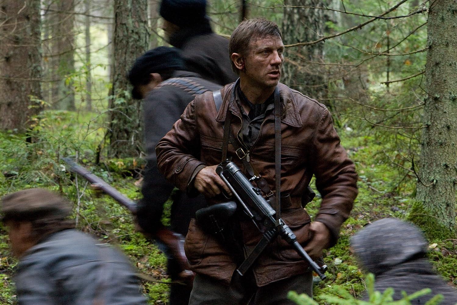 Daniel Craig in Defiance (2008)