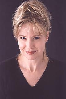 Janet Zarish Picture