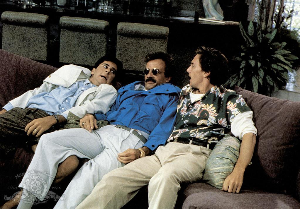 Weekend cu Bernie - Weekend at Bernie's (1989) Online Subtitrat in Romana