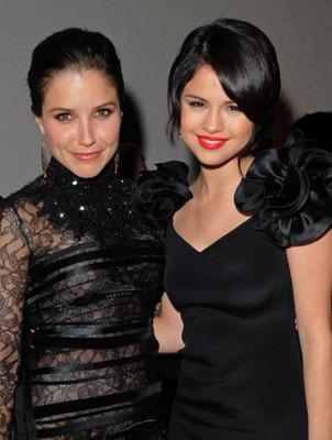 Selena And Sophia >> Sophia Bush