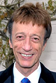 Primary photo for Robin Gibb
