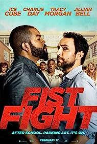 Ice Cube, Charlie Day, Christina Hendricks, Tracy Morgan, Jillian Bell, and Kumail Nanjiani in Fist Fight (2017)