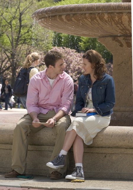 Chris Evans and Scarlett Johansson in The Nanny Diaries (2007)