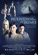 Wolwedans in die Skemer