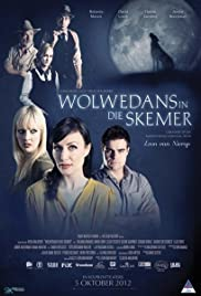 Wolwedans in die Skemer Poster