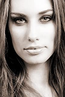 Lauren-Elaine Powell Picture