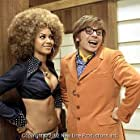 Foxxy Cleopatra (Beyonce´ Knowles, left) and Austin Powers (Mike Myers) in New Line Cinema's upcoming third installment of Austin Powers.