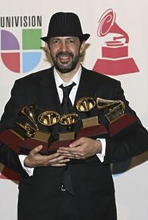 Juan Luis Guerra Picture