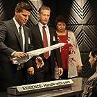 David Boreanaz, Patricia Belcher, Reed Diamond, and Andrew Leeds in Bones (2005)