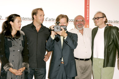 William H. Macy, Stuart Gordon, Chris Hanley, Marcus Thomas, and Molly Hassell at an event for Edmond (2005)